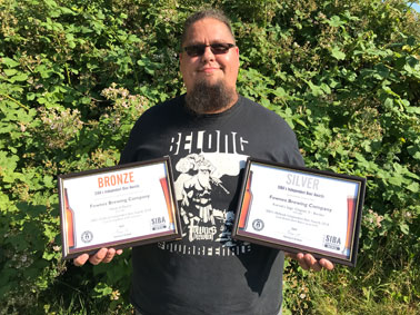 Tom with his SIBA awards from 2018